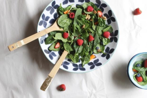 Spring spinach salad