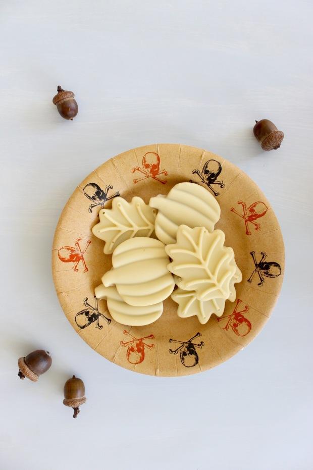 White Chocolate Pumpkin Peanut Butter Cups   Popcorn & Chocolate