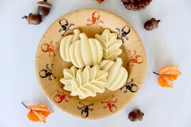 White Chocolate Pumpkin Peanut Butter Cups | Popcorn & Chocolate