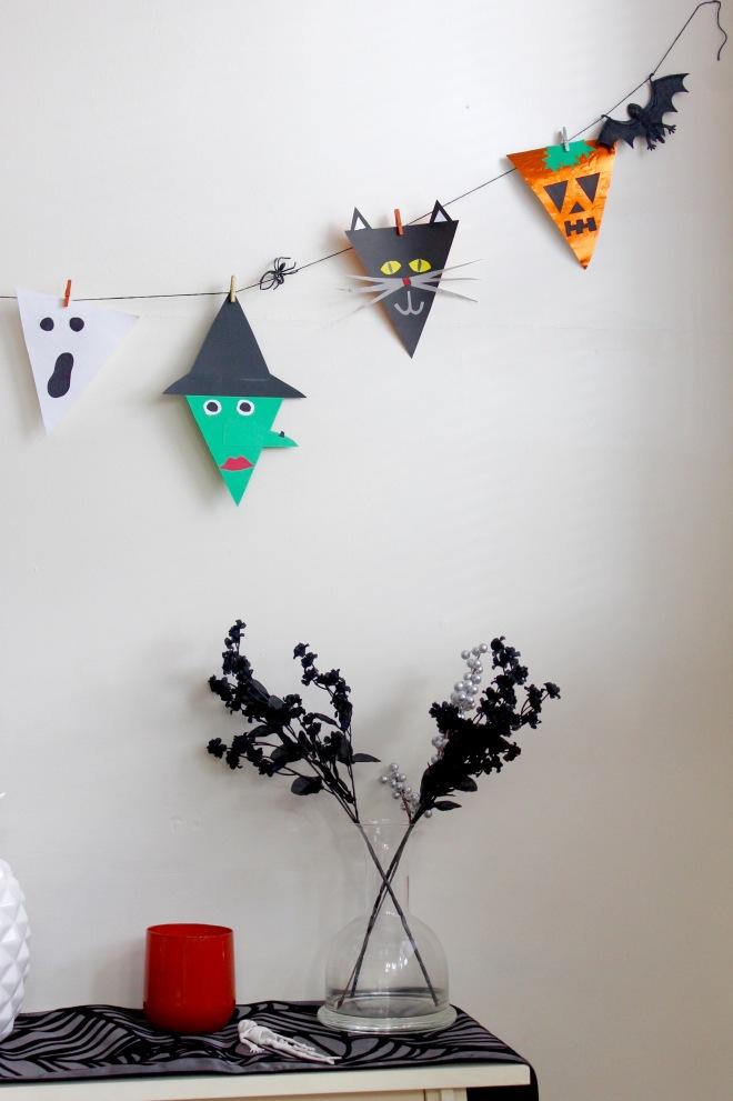 Halloween Bunting Flags | Popcorn & Chocolate