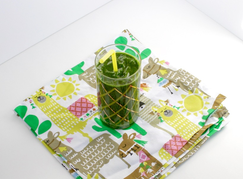 Green Smoothie | Popcorn & Chocolate