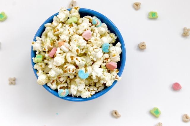 Lucky Charms Popcorn | Popcorn & Chocolate