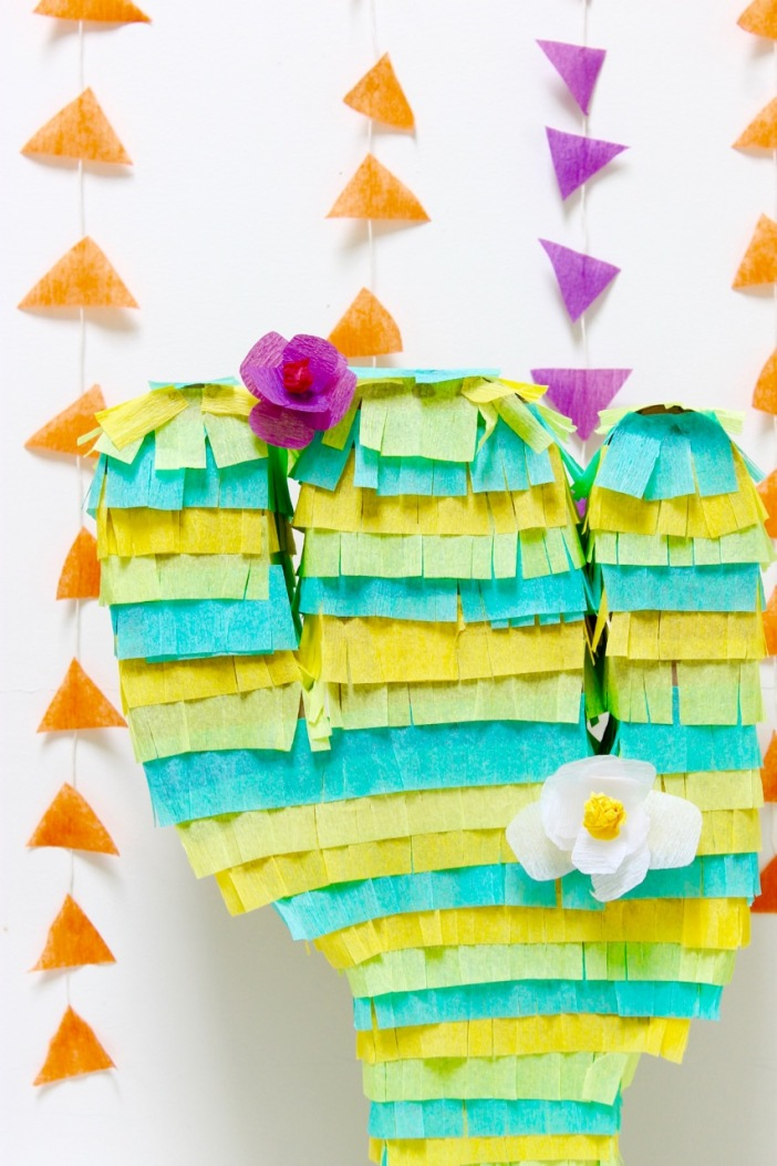 Cactus Piñata made out of cardboard | Popcorn & Chocolate