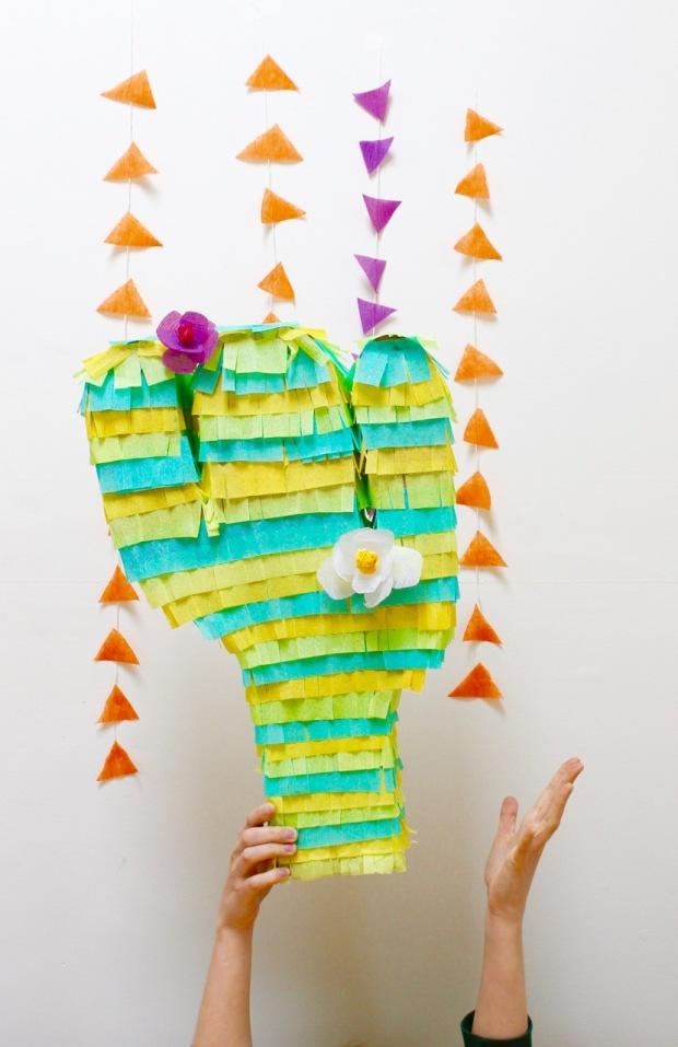 DIY colorful cactus piñata | Popcorn & Chocolate