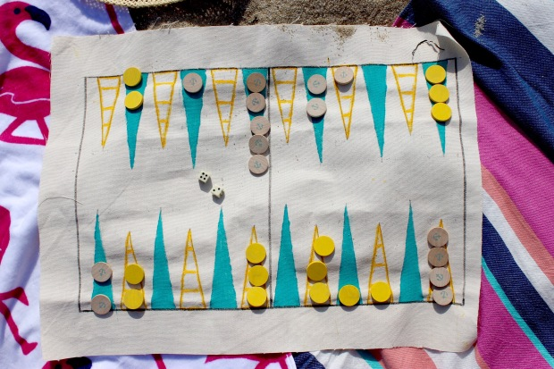 Handmade backgammon board | Popcorn & Chocolate