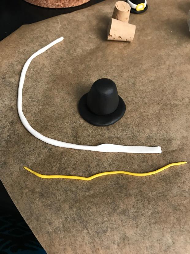 thanksgiving pilgrim hat | Popcorn and Chocolate