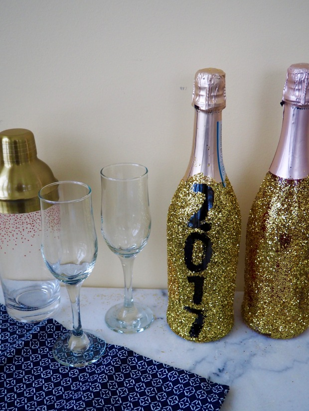 2017 Glitter champagne bottles | Popcorn and Chocolate