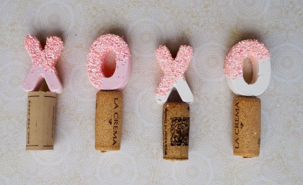 DIY XO Glittery Wine Stoppers for Valentine's Day | Popcorn and Chocolate